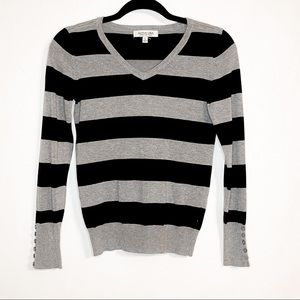 ACTIVE USA| Layla Striped V-Neck Sweater Small